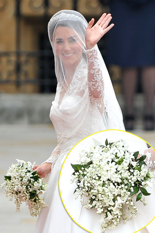 wedding traditions does bride carry bouquet